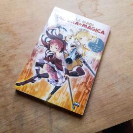 Madoka Magica - Different Story - Vol.1 (Mês dos Taurinos)