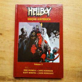 Hellboy - ed histórica - Vol.5 - Máscaras e monstros (Lote Unidos da Quarentena)